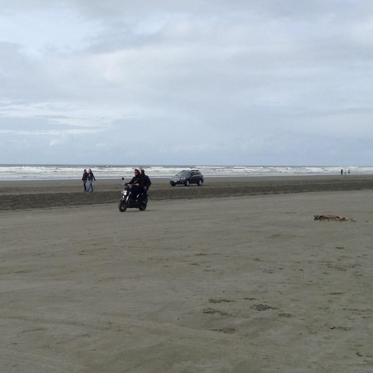 Beach life moped rentals on beach #graysharborbeaches