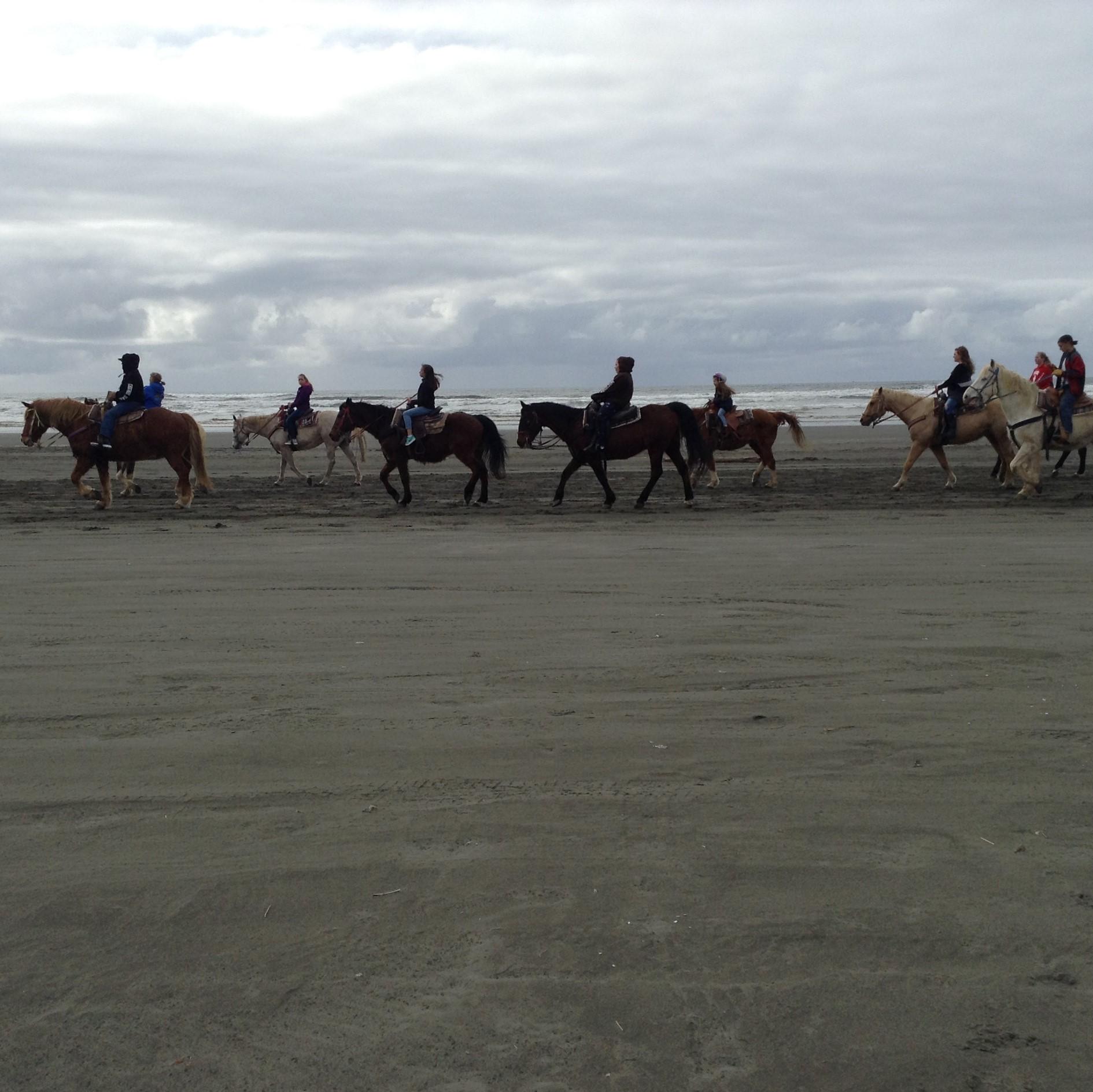 Guided Horseback Rides, Ocean Shores Washington #graysharborbeaches