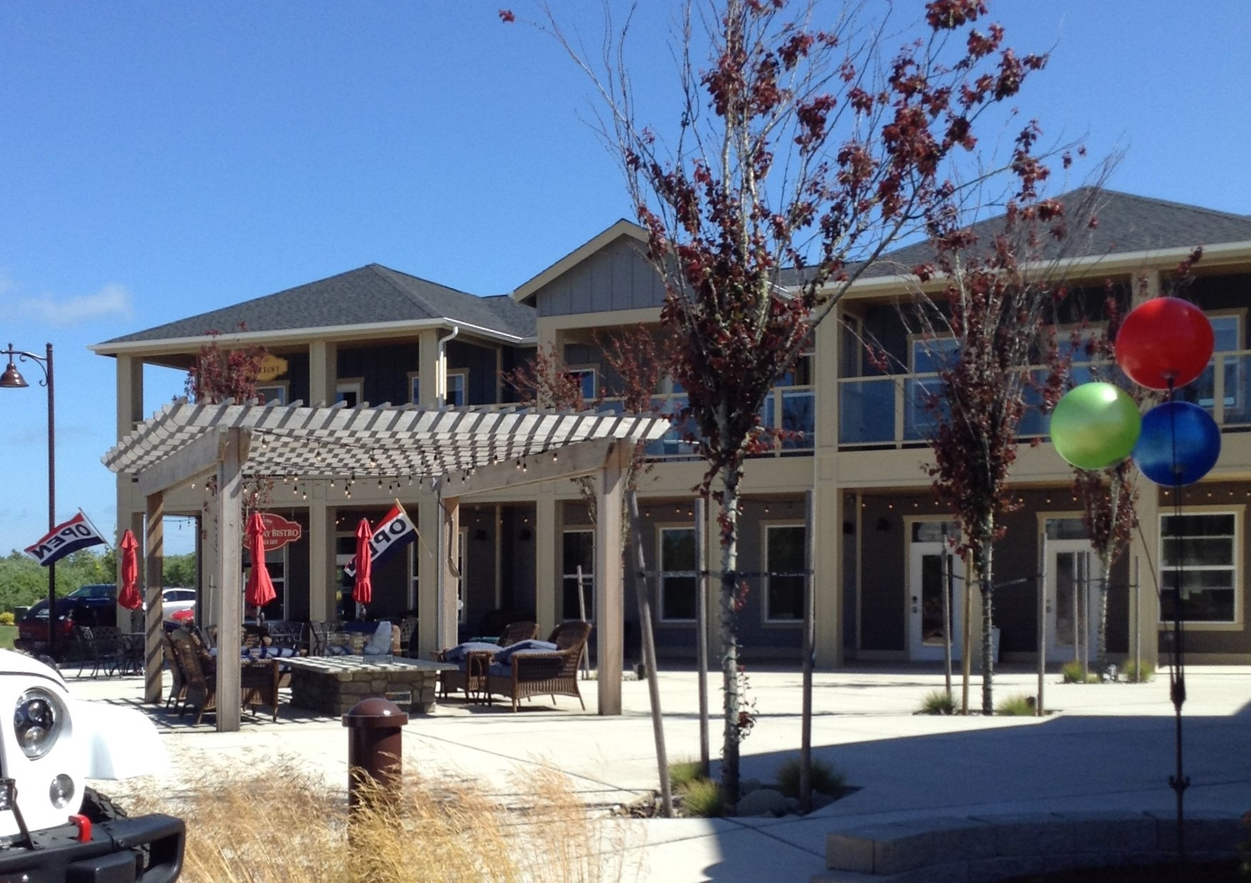 Oyhut Bay Village Bistro south of the Town of Ocean Shores #graysharborbeaches